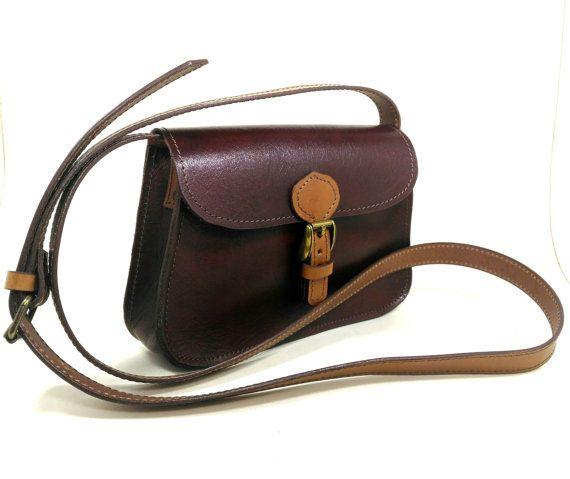Guarda questo articolo nel mio negozio Etsy https://www.etsy.com/listing/479998314/leather-bag
