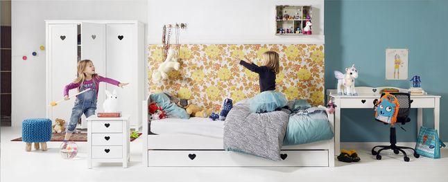 Waan je in een sprookjeskamer met deze kamer Amori! Ideaal om 's nachts heerlijk te dromen.  #Slaapkamer #Collishop #Bed #Kleerkast #Bureau #Kinderen
