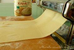 Pasta fresca di kamut fatta in casa, ricetta base vegana (senza uova)