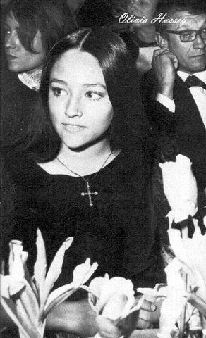 Оливия Хасси на премьере 1968