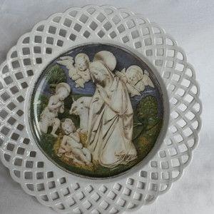 Piatto con stampa dell'Adorazione del bambino di Luca della Robbia