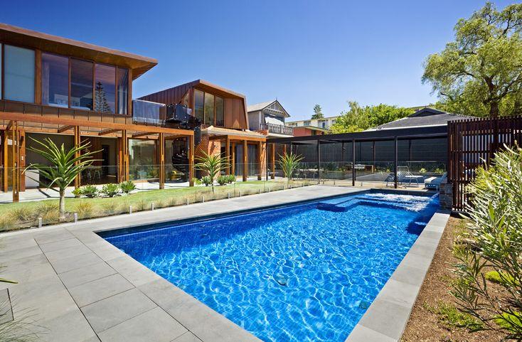 50x50mm Duck blue pool mosaics creates a stunning blue water effect.