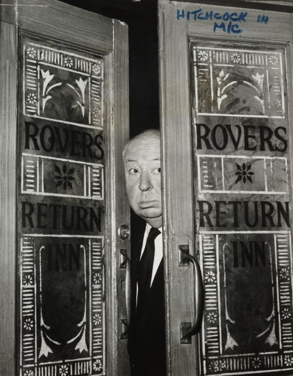 Awesome - Alfred Hitchcock in the Rovers Return