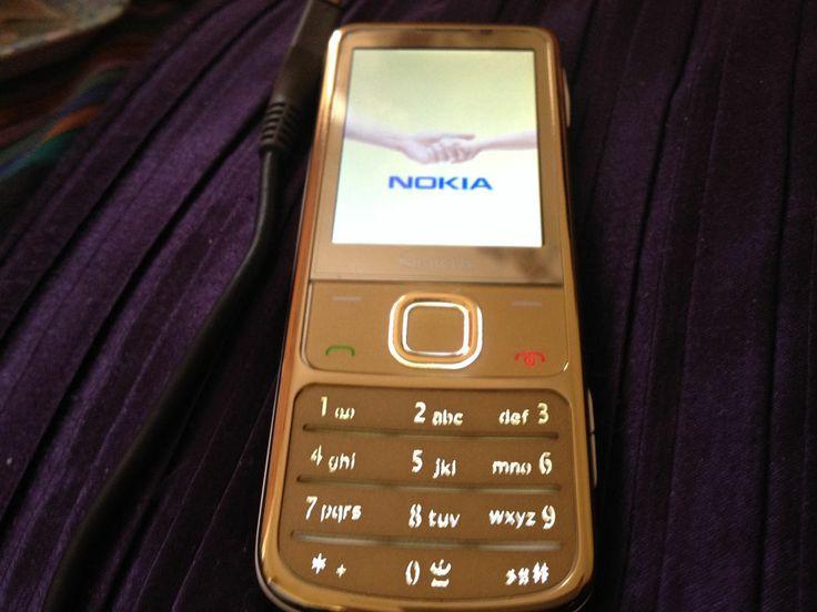 Nokia 6700 Classic - Gold (ORANGE) Mobile Phone