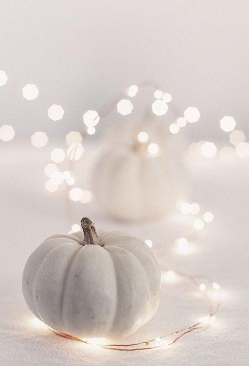 5 Fashionable Ideas for Halloween Décor! Love the chevron pumpkin paint idea.