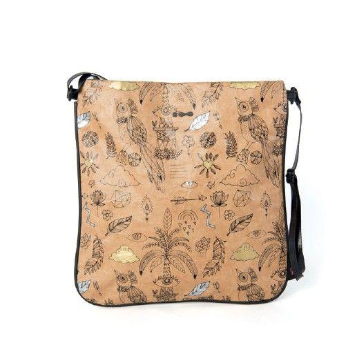 Een hippe schoudertas van Skunkfunk met een decoratieve print met gouden en zilveren details. ✓ Voor 21.00 uur besteld, morgen in huis.