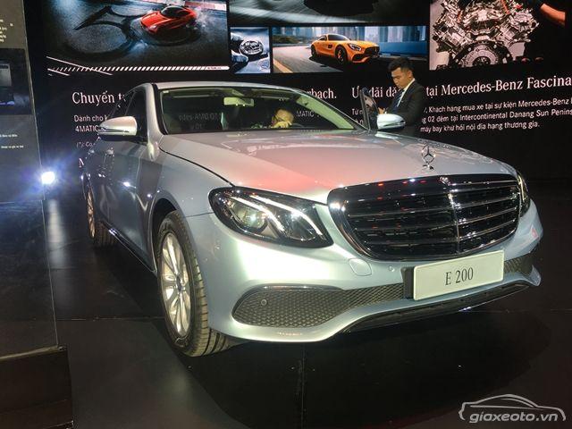 Hình ảnh chi tiết, thông số kỹ thuật và đánh giá Mercedes E200 2017-2018. Mercedes E200 2017-2018 giá bao nhiêu, khuyến mại tháng 7/2017 như thế nào?