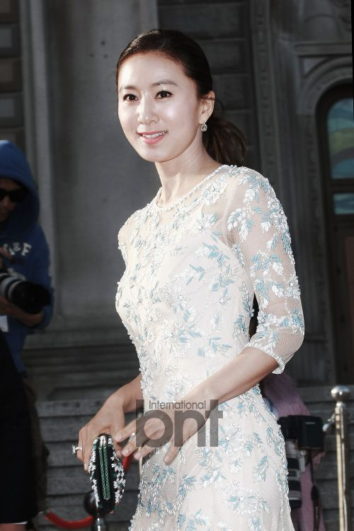 [2014.05.27] Kim Hee Ae at the 50th Baeksang Arts Awards