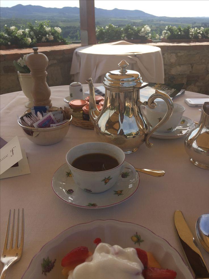Petit dej Hotel Le Fontanelle Toscane