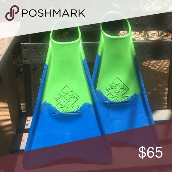 New Kpaloa Bodyboard fins SIZE MEDIUM New Kpaloa bodyboard fins , never worn , size medium Kpaloa Other