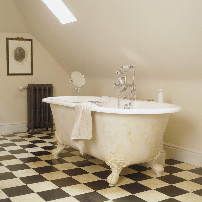 bad op pootjes - landelijke badkamer  Taps & Baths