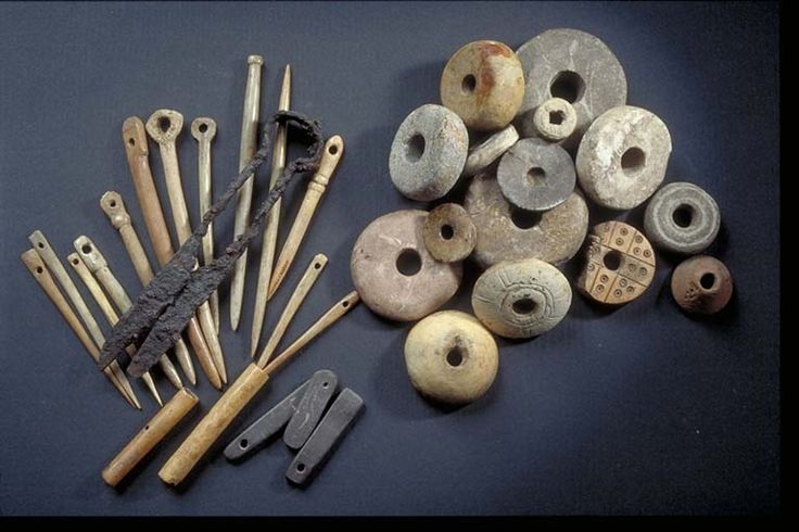 Various Viking age tools for textile crafting found at Birka, Sweden