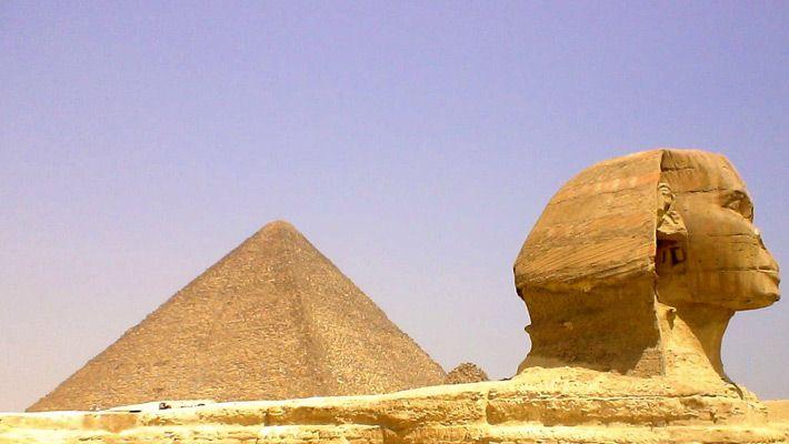 Piramidele si Sfinxul (Egipt)