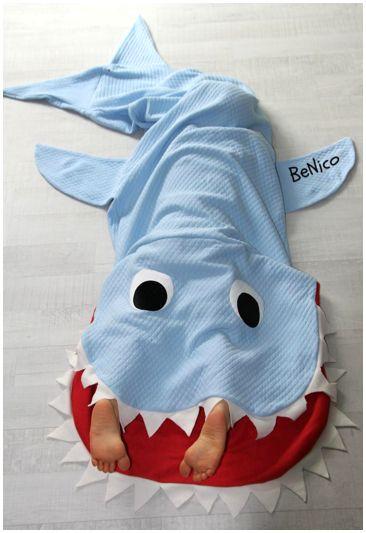 Hai Decke, nähen, Hai Schlafsack, shark, blanket, Haidecke, Kuscheldecke, Nähen, Weihnachten, Weihnachtsgeschenk,
