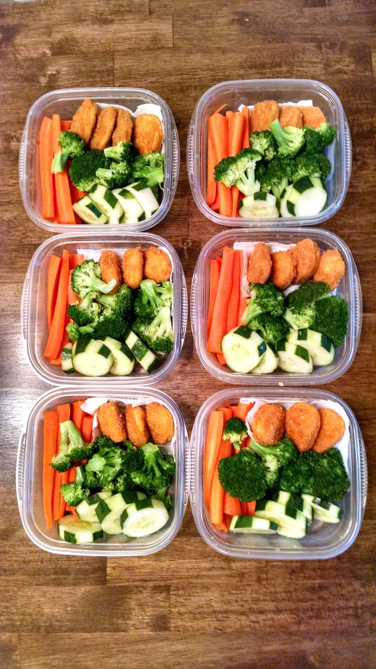 Six days' worth of snack packs for husband: slightly steamed carrots, slightly steamed broccoli, cucumbers, and chicken nuggets (CO) I had the chicken nuggets in the freezer and needed to use them up but you could replace the nuggets with baked chicken or turkey slices and it would become an E (the quantity of carrots keeps it from being a FP)