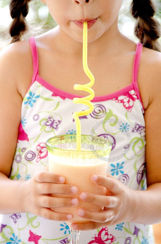 Warm days ahead, cool down with this sublime papaya milkshake.