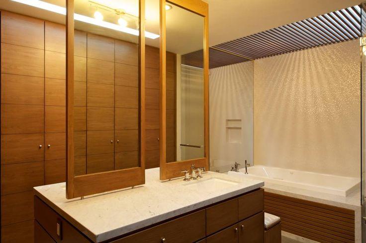 Bagno in stile Moderno di Tacher Arquitectos