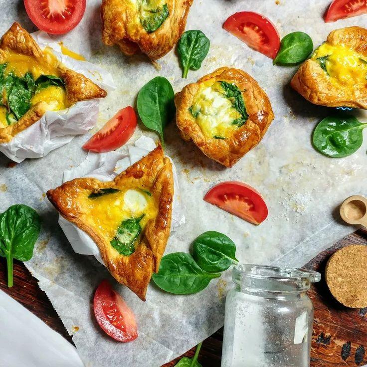 Brunch gerecht: Hartige croissant bakjes met ei en spinazie