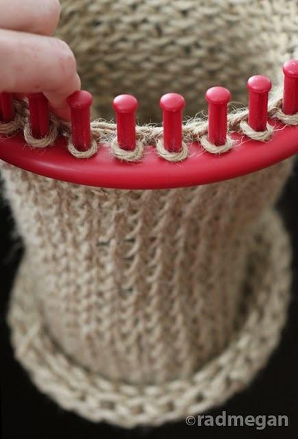 DIY bag using a round loom