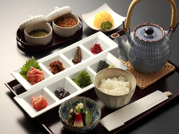 ochaduke(お茶漬け) This is my comfort food, just add a bowl of miso soup and I'm all set!