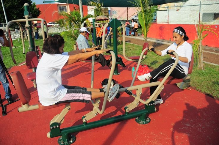 M s de 20 ideas incre bles sobre gimnasio al aire libre en for Ver gimnasio