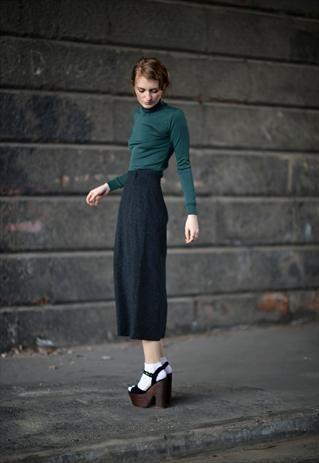 Excellent Quality Grey Midi Skirt