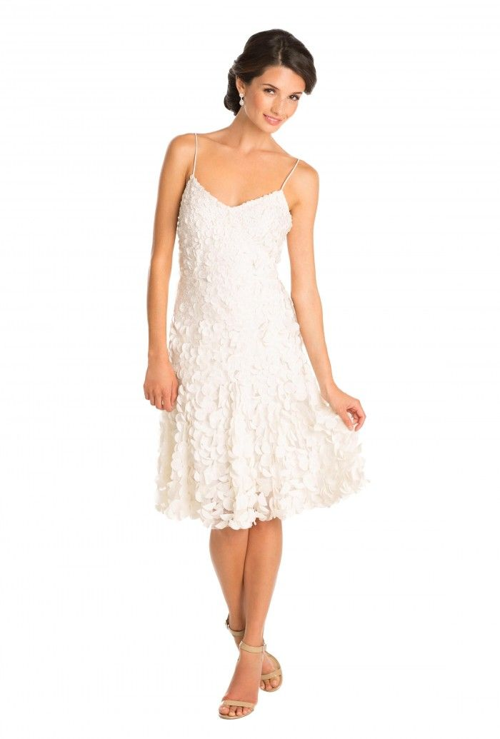 1000 Ideas About Rent A Wedding Dress On Pinterest