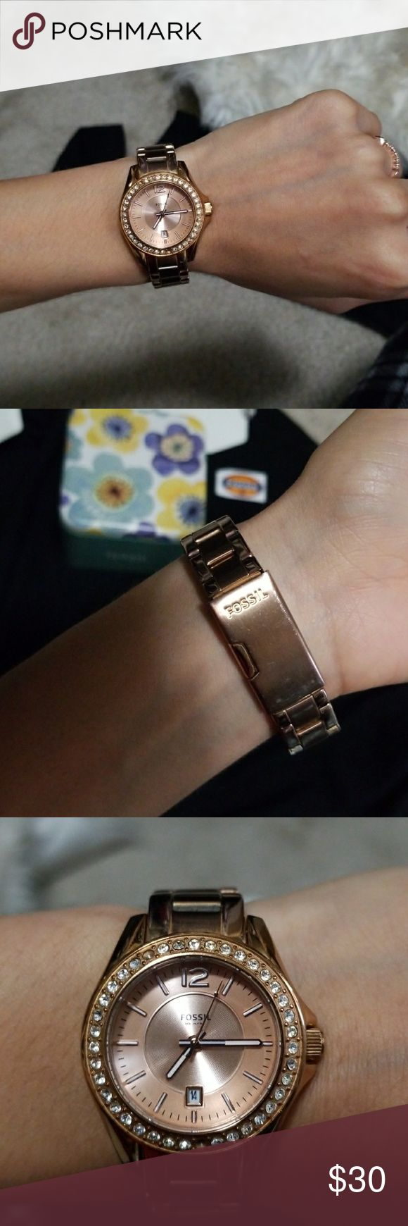 Rose gold Fossil watch Rose gold, comes with additional chains to make it wider. It has some wear, see last photo. Missing 2 stones on face and needs battery replaced. Fossil Accessories Watches