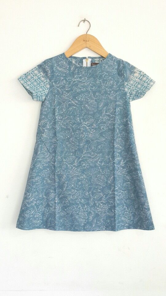 Dress for kids Handmade batik Cirebon Size S and XL Price 165.000 idr CP : 0817 087 9008