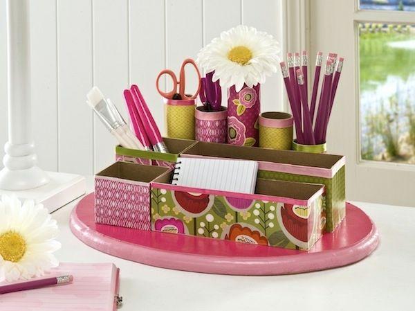 schöne Bastelideen für Schreibtisch im Kinderzimmer, um Ordnung zu schaffen