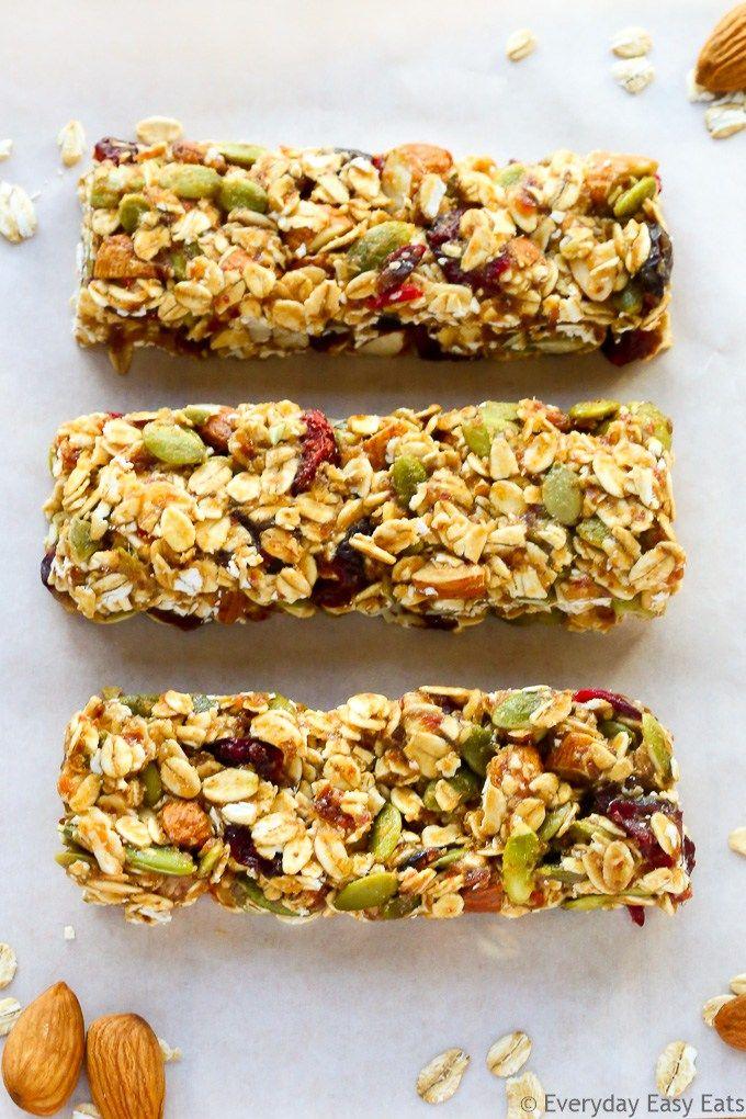 No-bake, 6-ingredient, Healthy Fruit & Nut Granola Bars! | EverydayEasyEats.com
