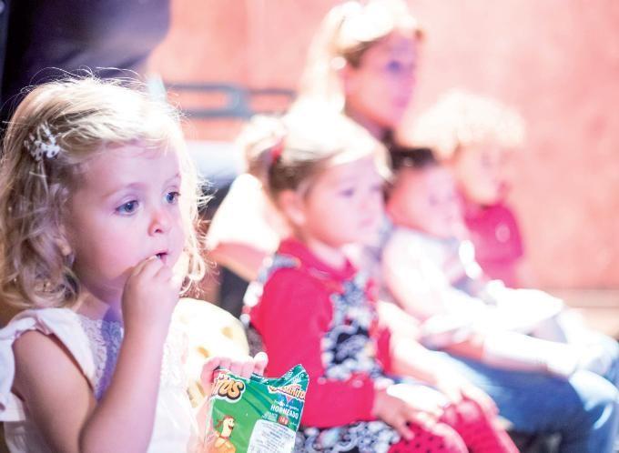 La escalera de Jacob es un teatro pequeñito en el centro de Madrid, con programación para adultos y también para niños y bebés.