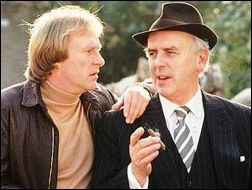 Arthur Daley (George Cole), a small-time conman, hires former boxer Terry McCann (Dennis Waterman) to be his 'minder. TV Series 1979-2009