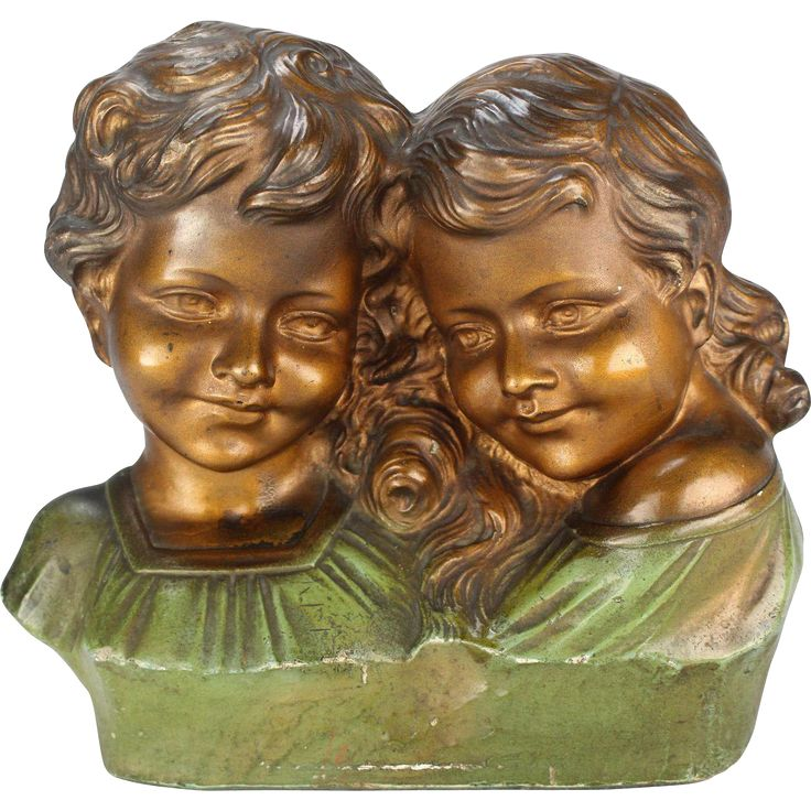 Adorable French figure of a boy and a girl, Plaster statue signed M. Toscana, 1920's Art Deco romantic figurine