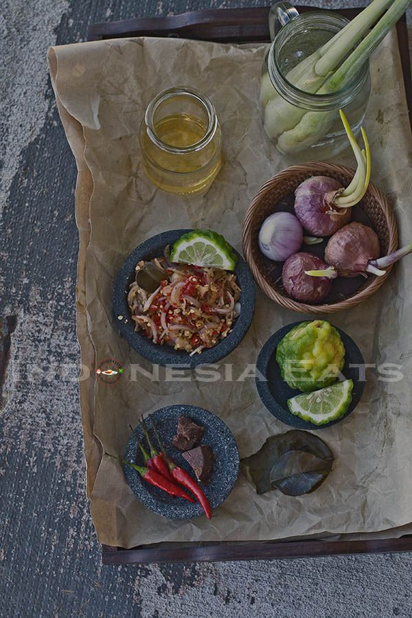 Sambal Matah (Bali-Style Raw Shallot and Lemongrass Sambal). Perfect to company grilled/bbq fish or chicken