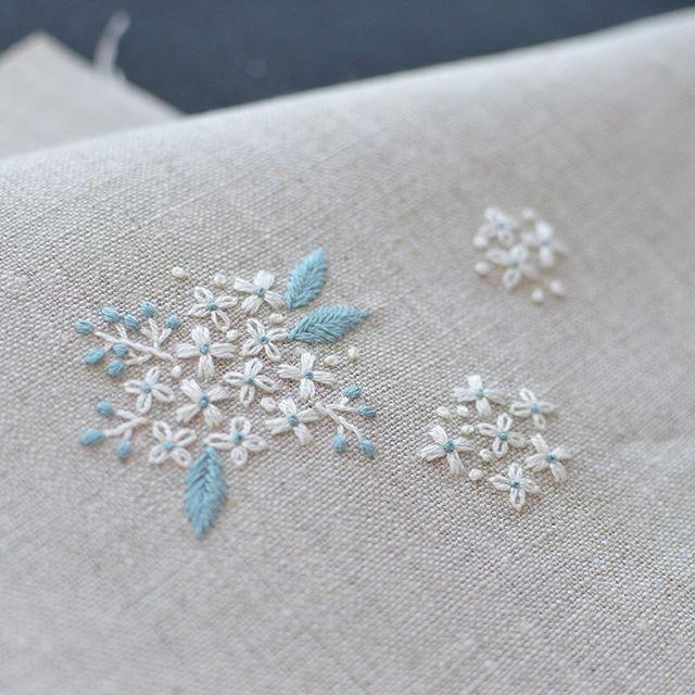 hydrangea? Reeves spirea? I like to embroider small flowers . あじさいのような… コデマリのような… 小さな花を刺すのが好きです。 #刺繍 #stitch
