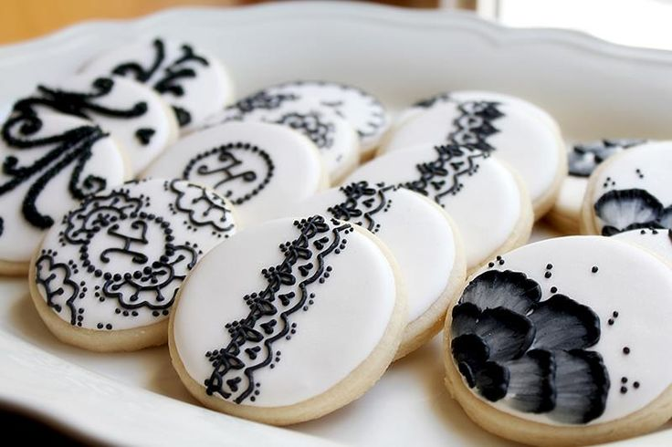 Amazing cookie art 10 Ivory and black wedding cookies ... - photo#4