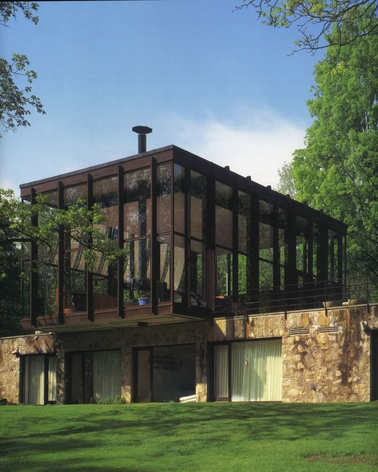 Philip Johnson: Mr and Mrs Robert C. Wiley House, photo Joseph Bergin