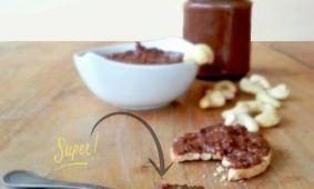 Crema al cioccolato e anacardi