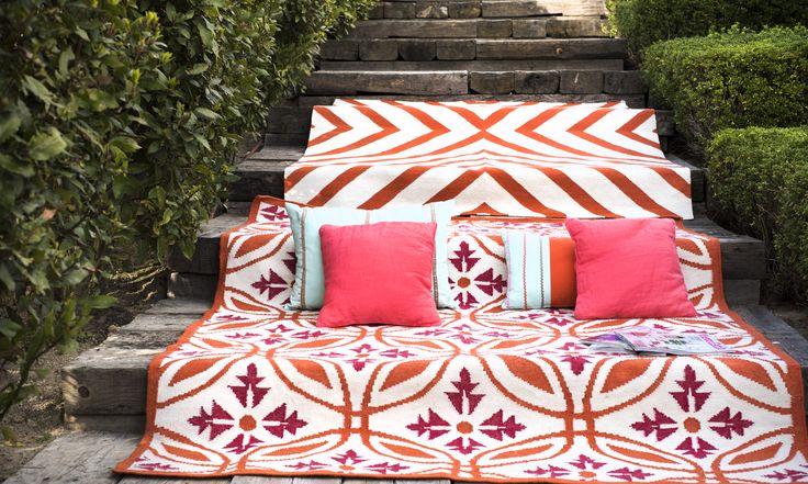 Cebra and Hoja de acanto outdoor kilims  #rugs #kilims #alfombras #homedecor #interiordesign #outdoorrugs #exteriors #kilomborugs