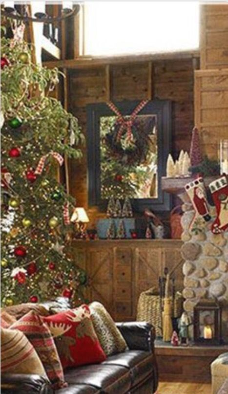 Decorations noel interieur chalet christmas pinterest for Decoration noel interieur