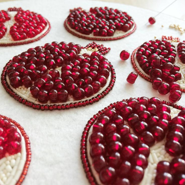Pomegranate bead emboidery, beaded brooch, seed bead embroidery, pomegranate embroidery, glass pomegranate beads