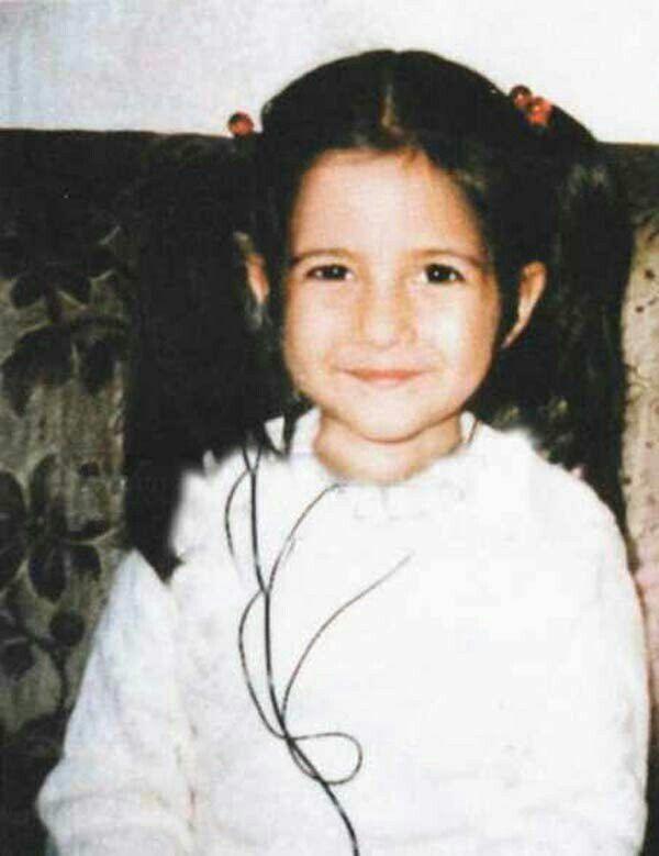 Childhood Pic Of Katrina Kaif Celebrity Kids Katrina Kaif Picture Of Katrina Kaif