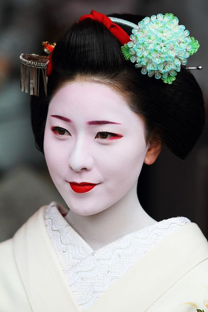 1000+ Images About Geisha Beauty On Pinterest | Traditional Geisha Japan And Kimonos