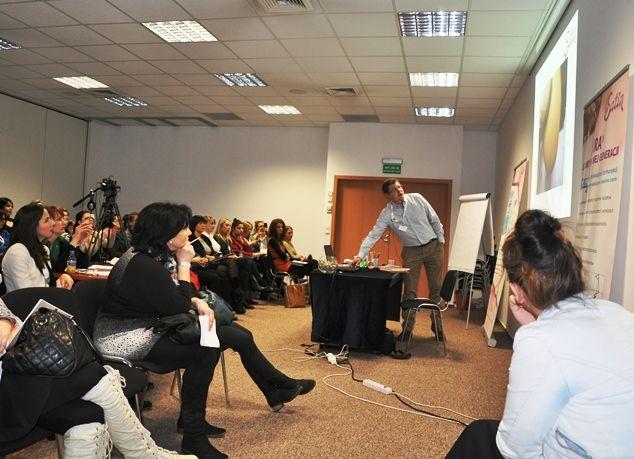 Andrzej Piotrowski podczas wykładu dla młodych podologów. #satin #podologia #podolog #kursy #warszawa