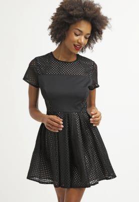 Jurken WAL G. Korte jurk - black Zwart: 29,95 € Bij Zalando (op 30/10/16). Gratis verzending & retournering, geen minimum bestelwaarde en 100 dagen retourrecht!