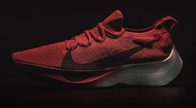 71a343ef39cf Nike s Vapor Street Flyknit resembles the VaporFly Elite