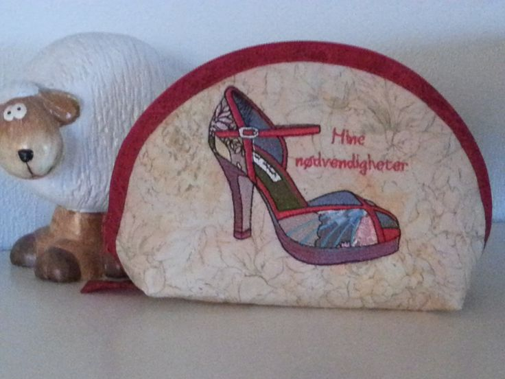 Small toilettbag for a shoeaddict