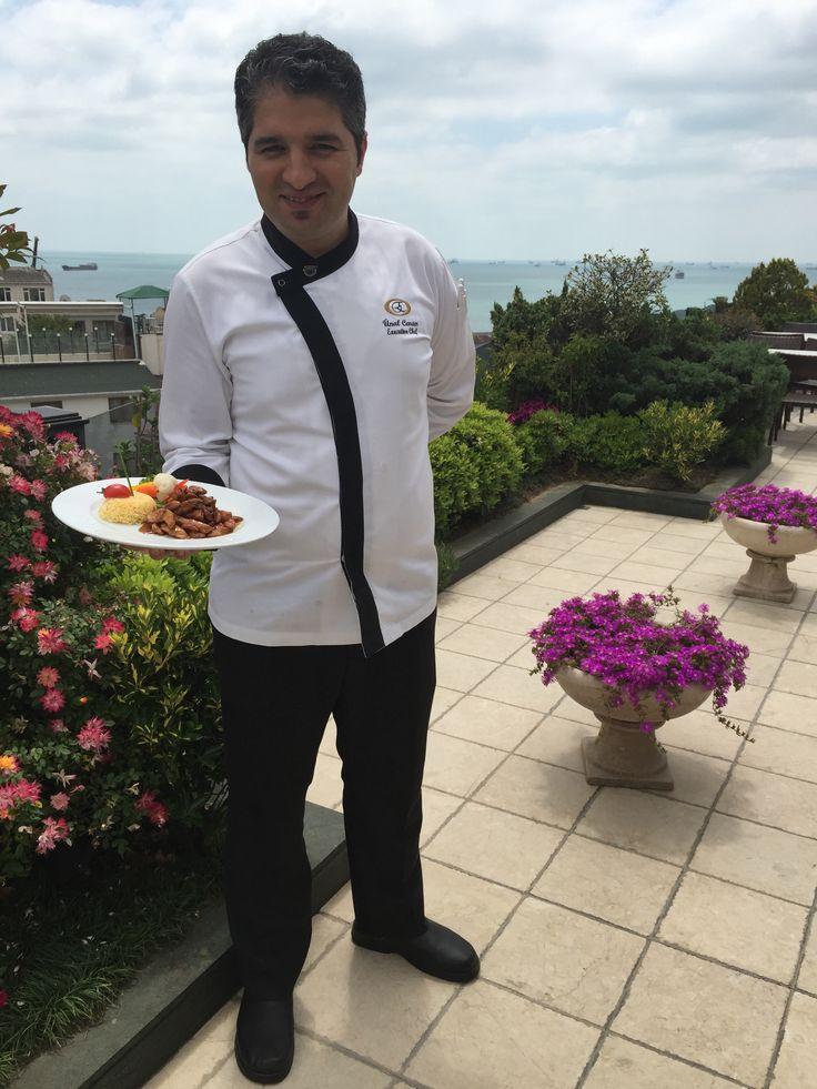 Chicken with almonds,one of the famous recipe at Eresin Crown Hotel's Terrace Restaurant,prepared by Executive Chef Unal Cenan..Please enjoy  Eresin Crown Hotel Terace Restaurant'ın favori yemeklerinden Bademli Piliç,Executive Chef Ünal Cenan'ın usta elleriyle sizler için hazırlandı.Bekleriz