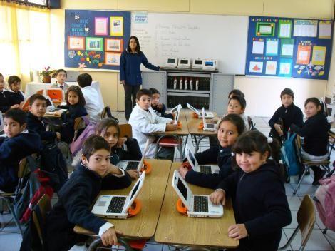 También Se Esta Utilizando Para Poder Enseñarles A Los Niños De Una Forma Mas Fácil Y Educativa Por Igual